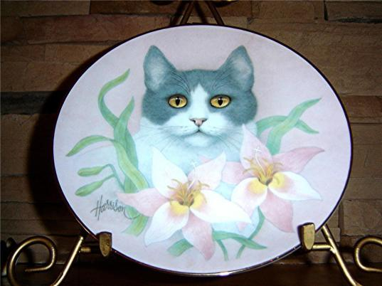 Collectible plate by Bob Harrison, 1980s. Image courtesy Ebay.ie.