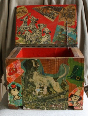 Lee Franclemont, 1975, front view (open), decoupage on found wooden ammunition box. Photo credit Kelise Franclemont. Private collection.